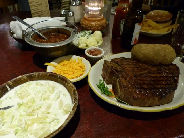Cattleman's Steakhouse (1)