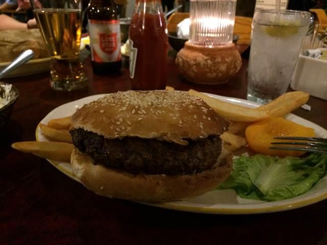 Cattleman's Steakhouse (8)