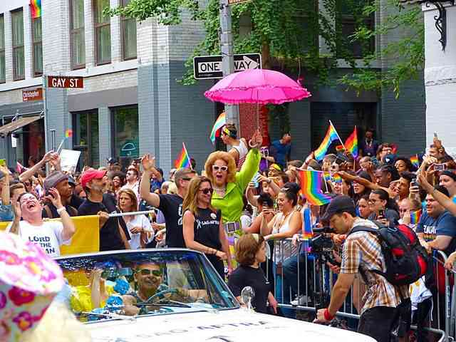 日本 ゲイ パレード