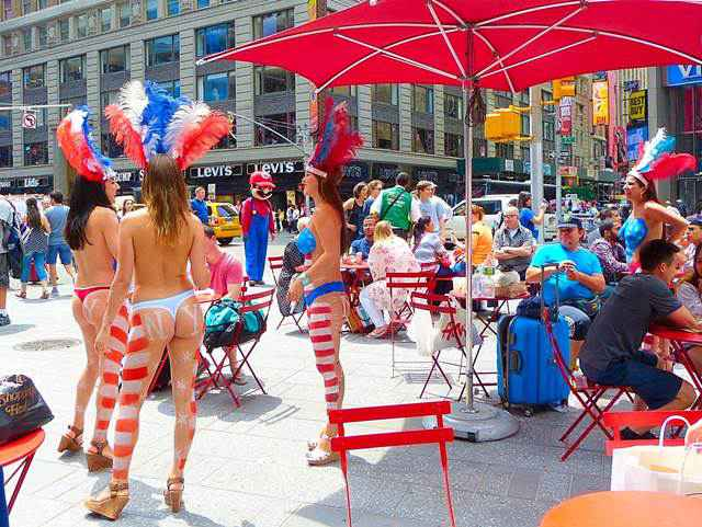 Body-Painting-Times-Square (1)