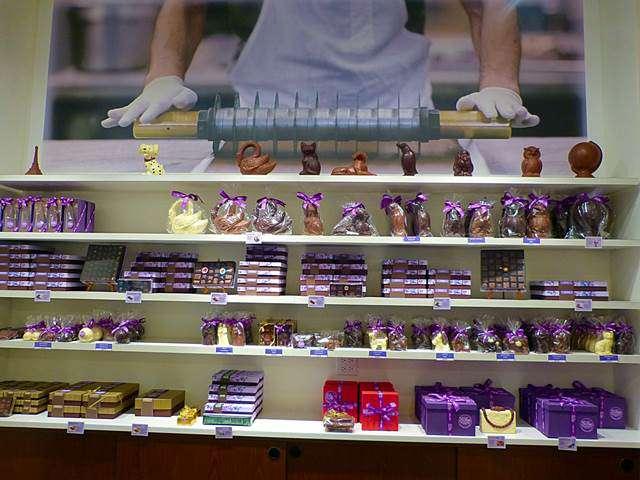 Li-Lac Chocolates (3)