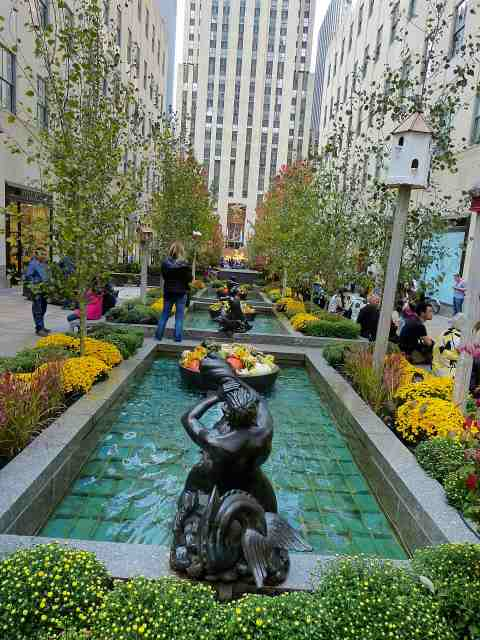 Rockefeller Center Autumn-3