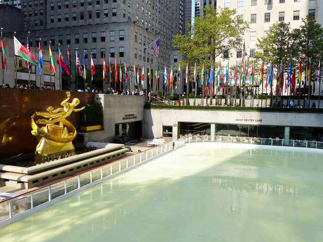 Rockefeller Center Autumn-6