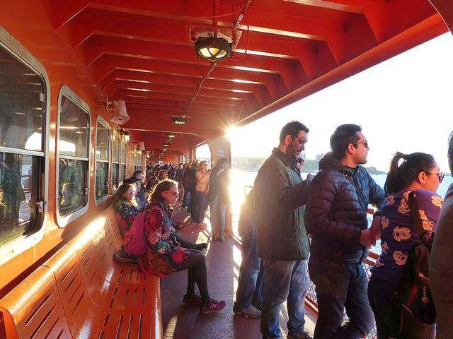 Staten-Island-Ferry-Liberty (10)