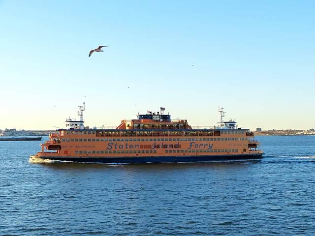 Staten-Island-Ferry-Liberty (5)