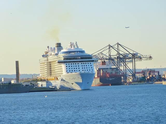 Staten-Island-Ferry-Liberty (9)