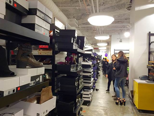 Bloomingdale's Outlet (17)
