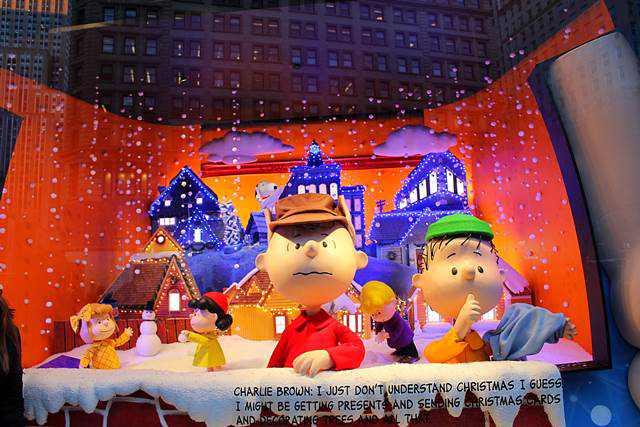 Macy's Holiday Windows (11)