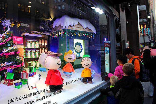 Macy's Holiday Windows (2)