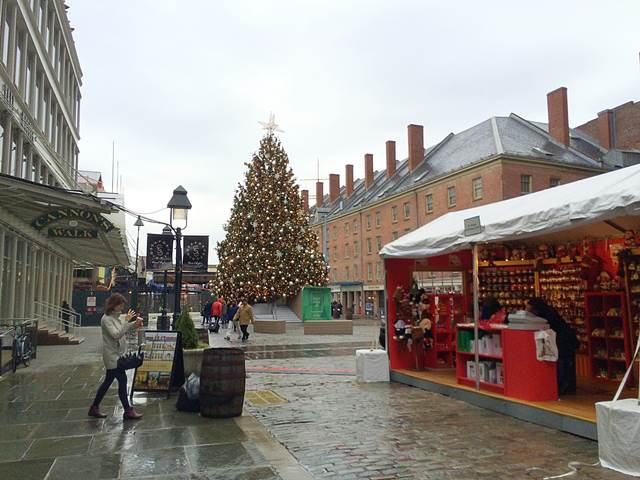 SouthStreetSeaportChristmas (6)