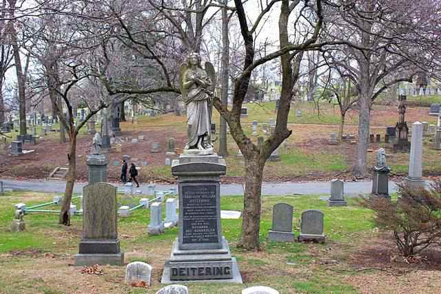 Green-Wood Cemetery (15)