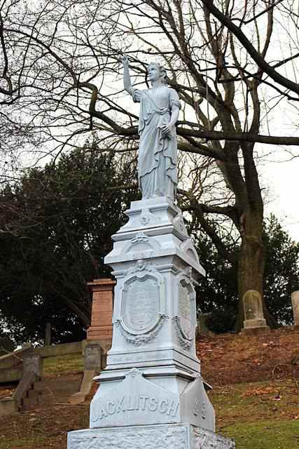 Green-Wood Cemetery (17)