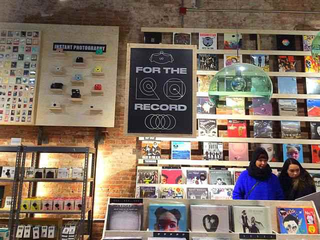 Urban Outfitters (1)