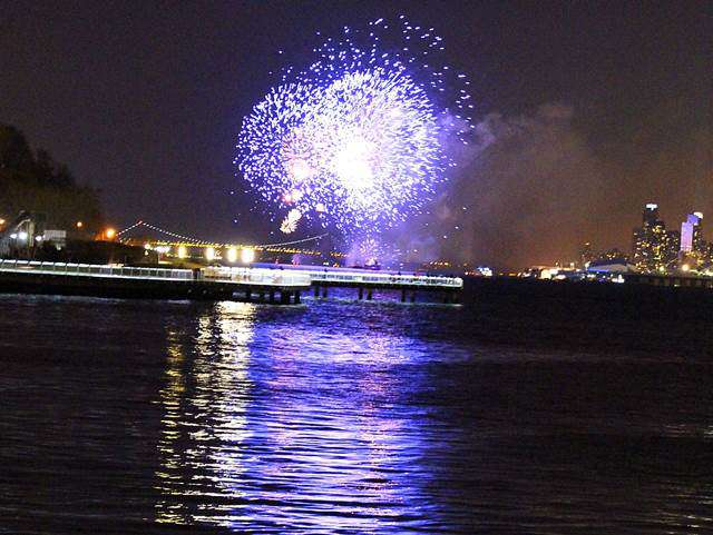 Chinese New Year Fireworks (8)