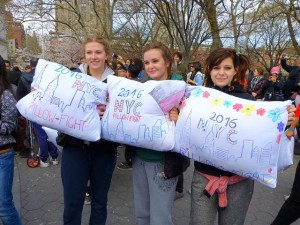 Pillow Fight Day NYC (1)