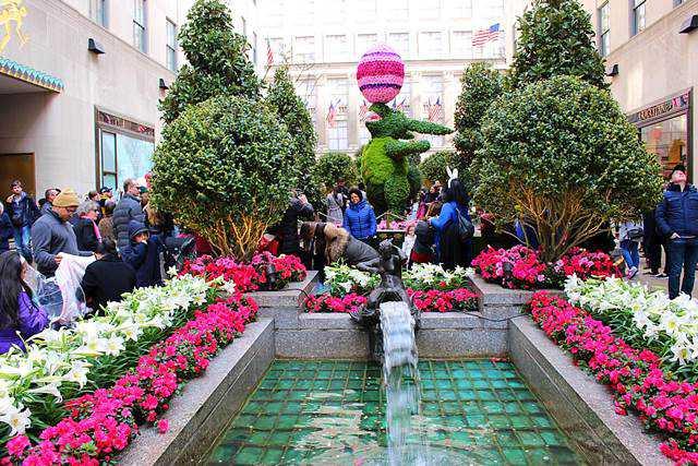 Rockefeller Center Easter (1)