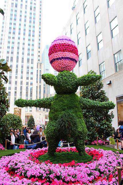 Rockefeller Center Easter (7)