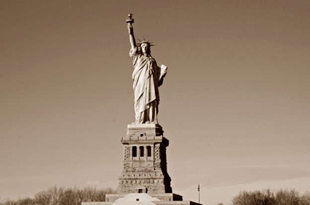 statue-of-liberty-sepia