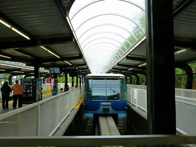 Alweg Monorail Seattle (3)