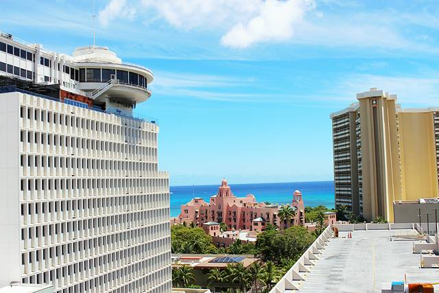 Shoreline Waikiki (7)
