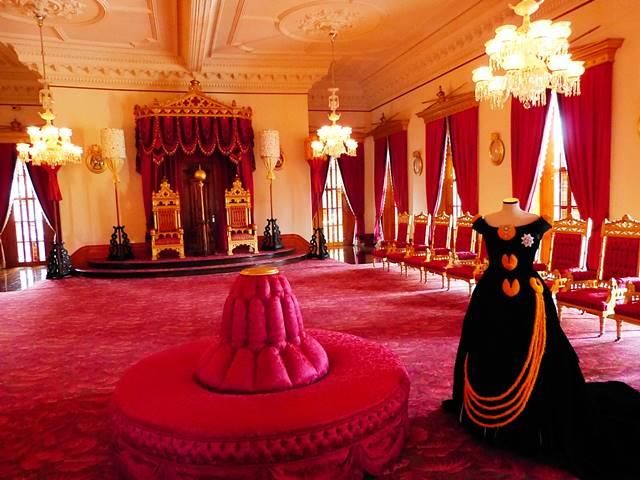 Iolani Palace (1)