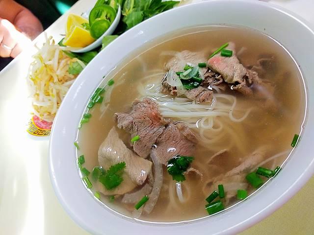 Pho Huong Lan (1)