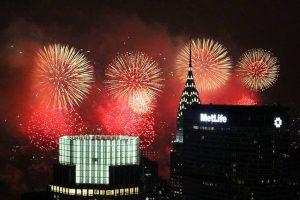 Rockefeller-July4thfireworksNYC (2)