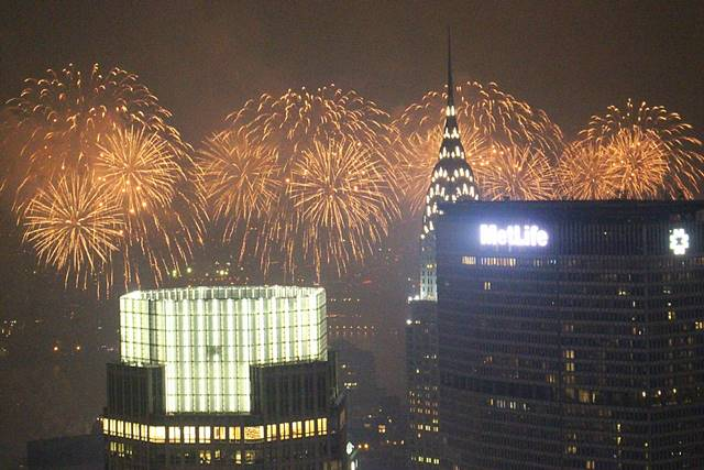 Rockefeller-July4thfireworksNYC (8)