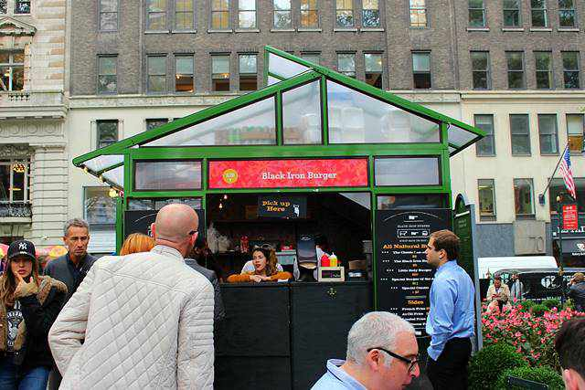 bryant-park-winter-village-13