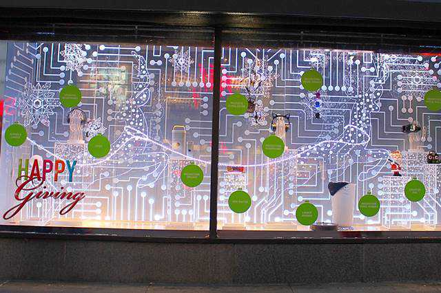 macys-christmas-holiday-window-4