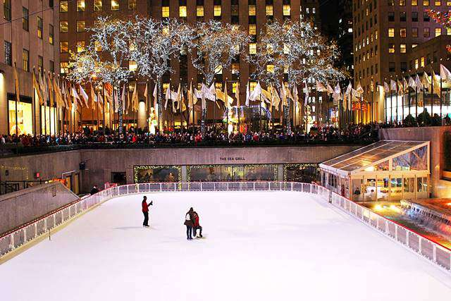 Rockefeller Center Christmas (7)