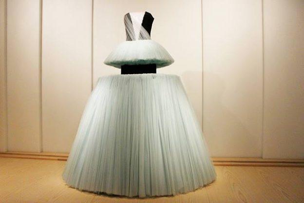 MET Unpacking Fashion (1)