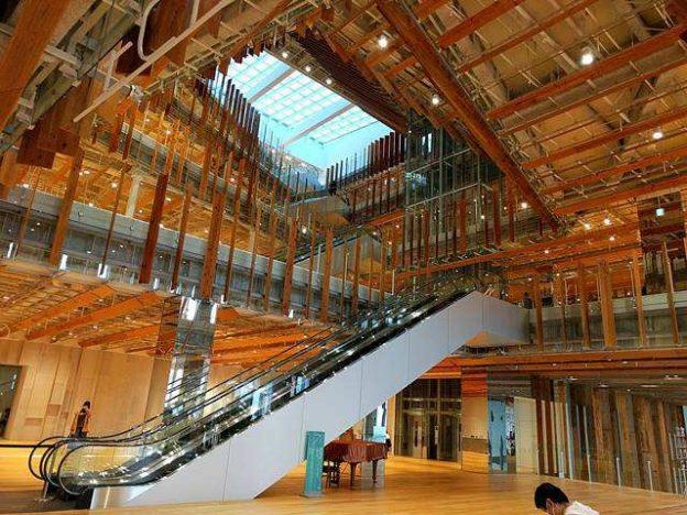 Toyama Library (2)