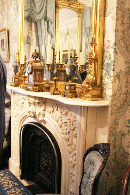 Petite New Yorkニューヨーク 美しいブラウンストーンの元大統領の家を見学 セオドア・ルーズベルトの生家