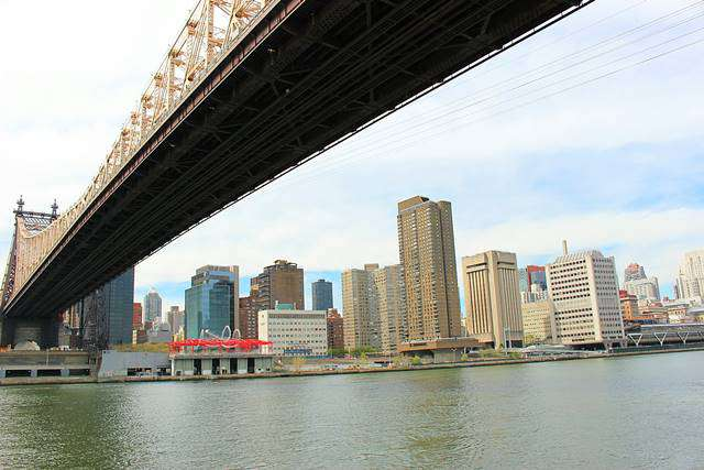 Roosevelt Island Tramway NYC (11)