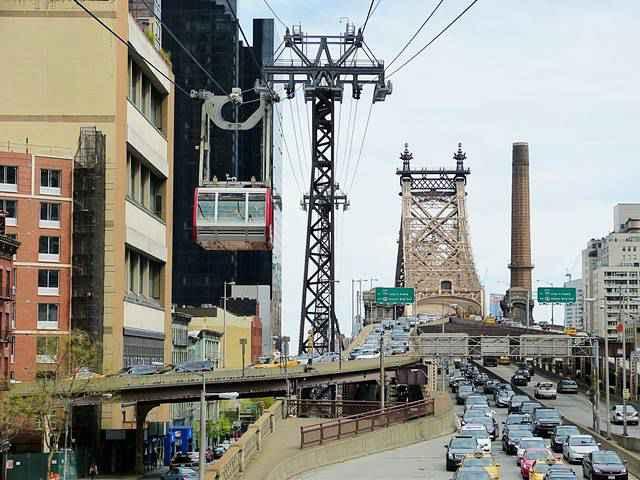 Roosevelt Island Tramway NYC (7)