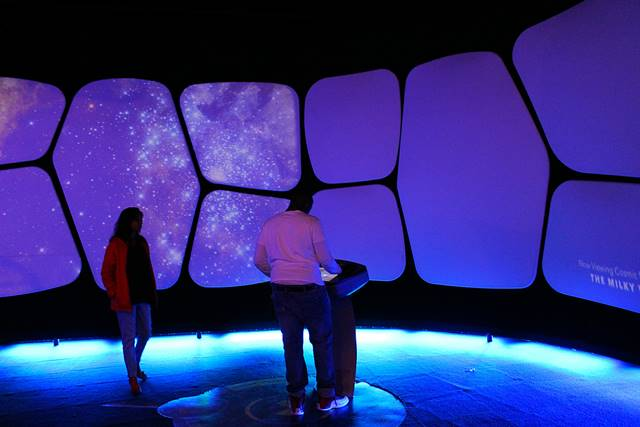 Adler Planetarium (2)