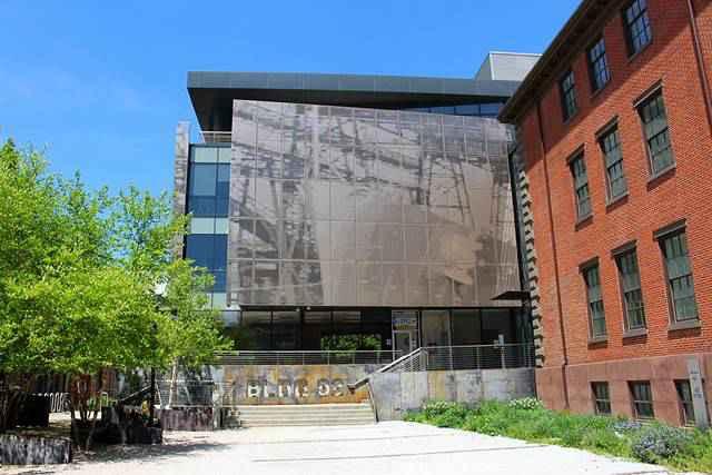 Brooklyn Navy Yard Center (9)
