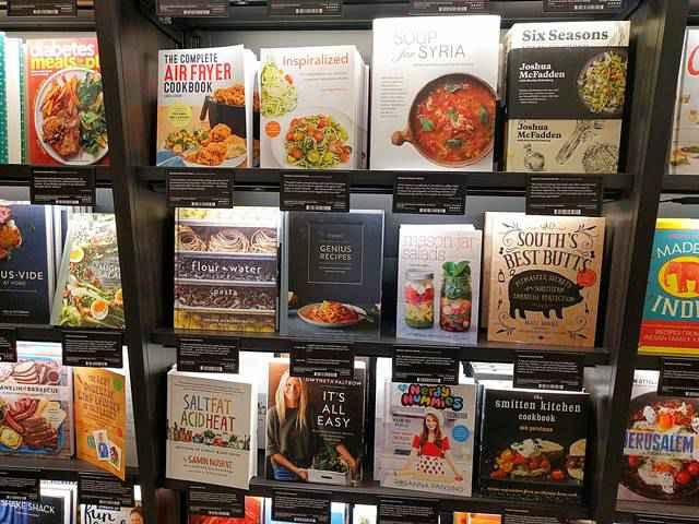 Amazon Books (17)