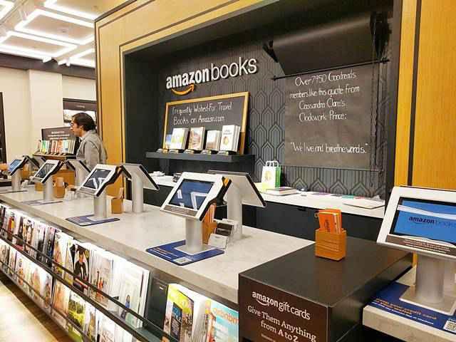 Amazon Books (18)