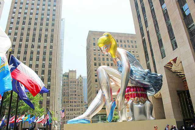 SEATED BALLERINA BY JEFF KOONS (5)