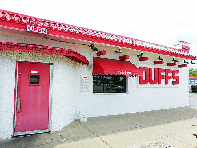 Duff's Famous Wings (1)
