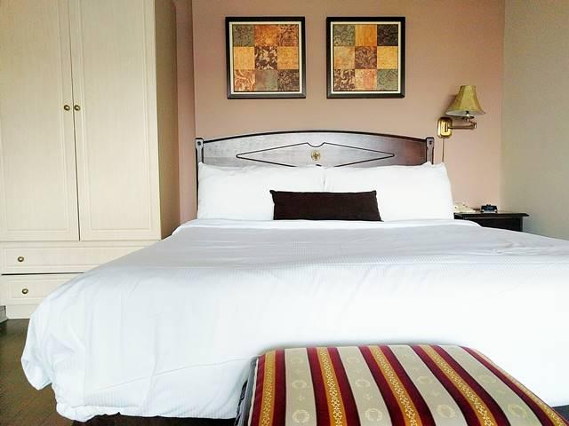 Grand Hotel & Suites (10)