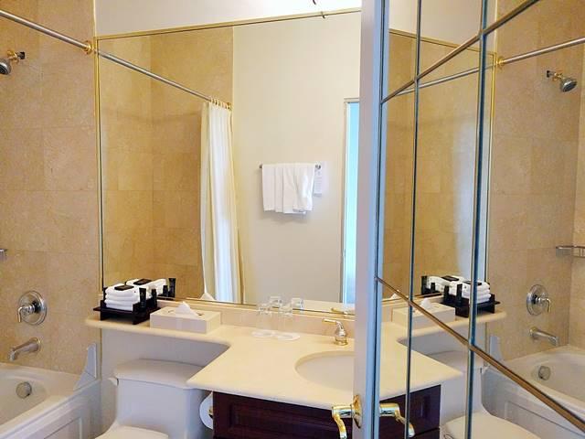 Grand Hotel & Suites (12)