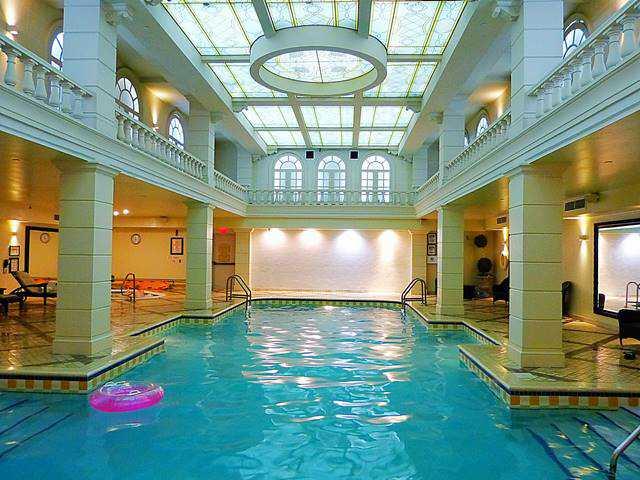 Grand Hotel & Suites (34)