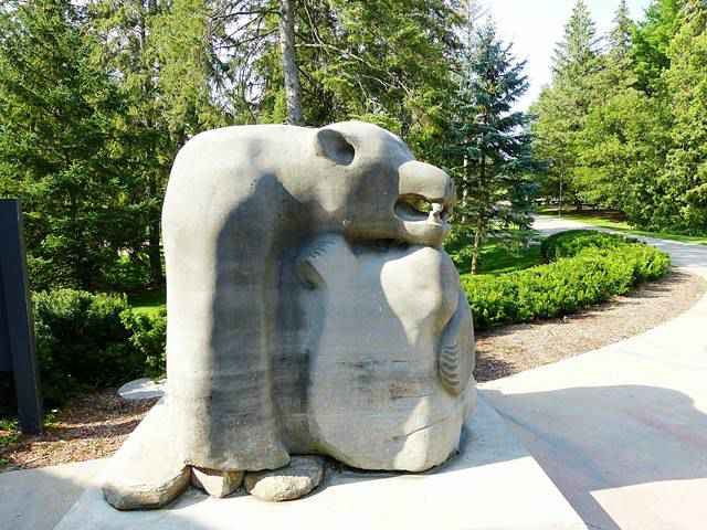 McMichael Canadian Art Collection (8)