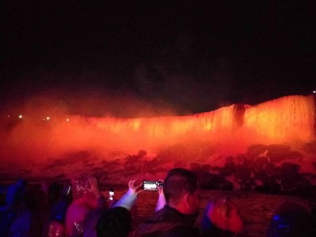 Niagara Falls Hornblower Fireworks (11)