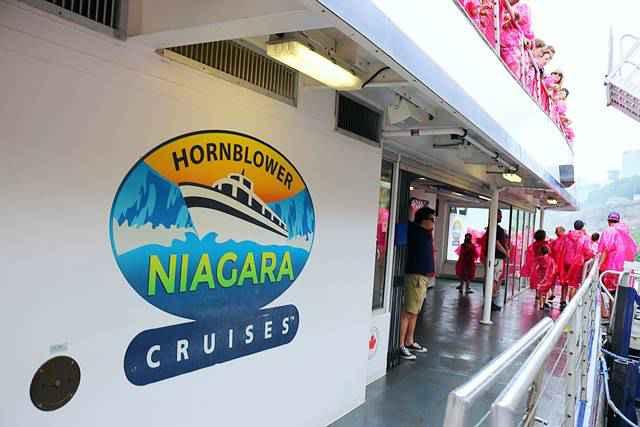 Niagara Falls Hornblower Fireworks (5)
