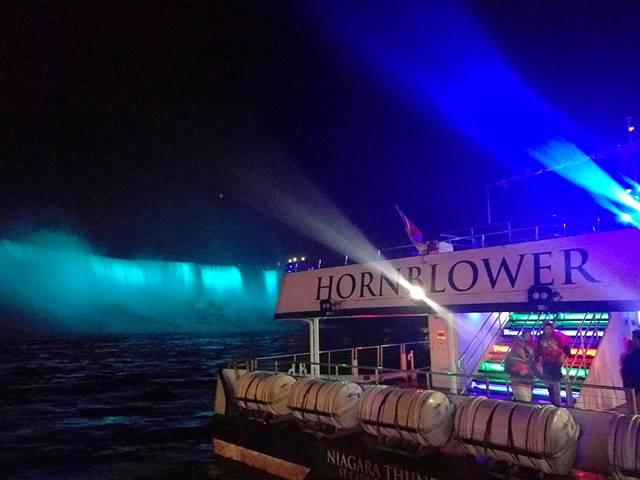 Niagara Falls Hornblower Fireworks (8)