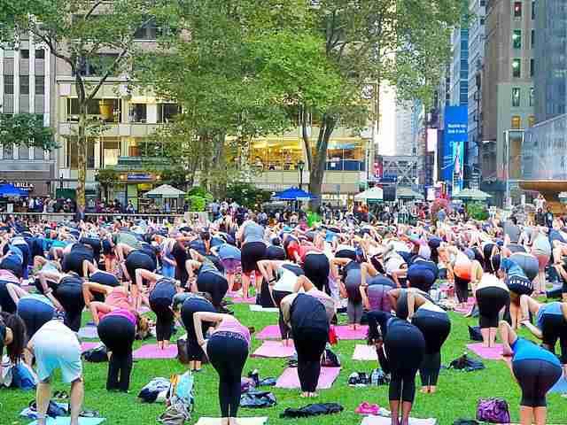 Bryant Park Yoga (8)
